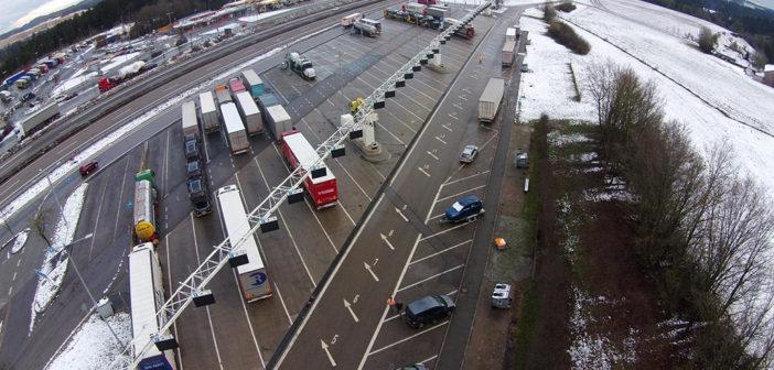 Autobahn-Raststätten: mehr Stellplätze durch Kompaktparken