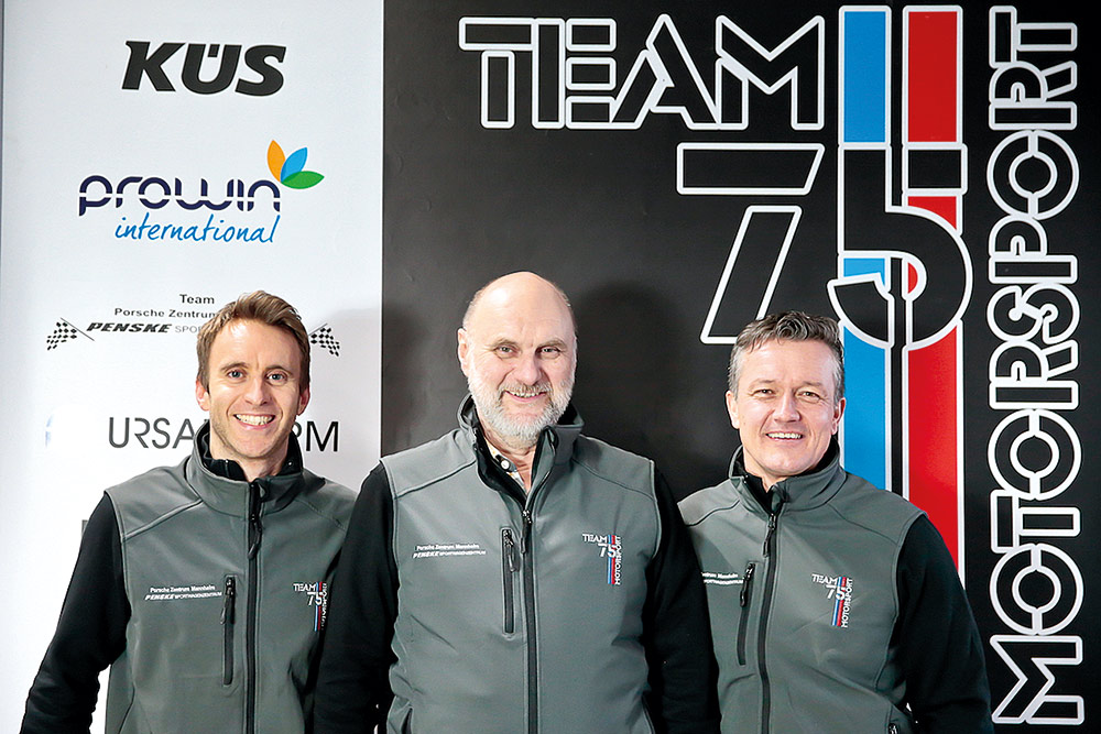(v.l.n.r): Timo Bernhard (Teambesitzer), Vater Rüdiger Bernhard (Teamchef), Klaus Graf (Teammanager)
